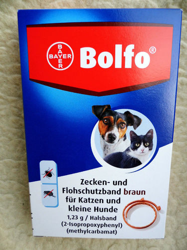 Bolfo flea and tick collar for cats and small dogs